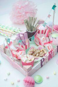 Perfekt für jede Party: ob Kindergeburtstag, Hochzeit, Geburtstag, Sommerparty - Die Candy Kiste sorgt für Freude bei allen Naschkatzen!