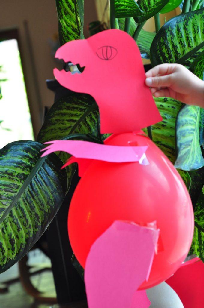 Dinoluftballons - Dinoparty! Die besten Ideen für eine gelungene Dino-Party: Rezepte, Bastelideen, Spiele rund um den Dino-Kindergeburtstag. Finde hier alles für einen rundum gelungenen Dino-Geburtstag