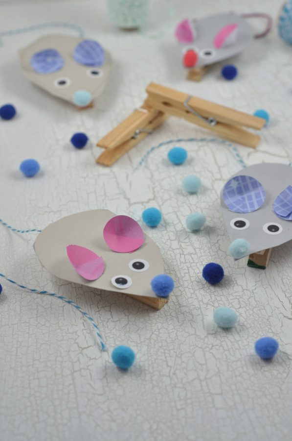 Basteln mit Kindern: einfache Bastelidee mit Holzklammern - kleine Klammermäuse mit Vorlage gibt es auf dem Blog.