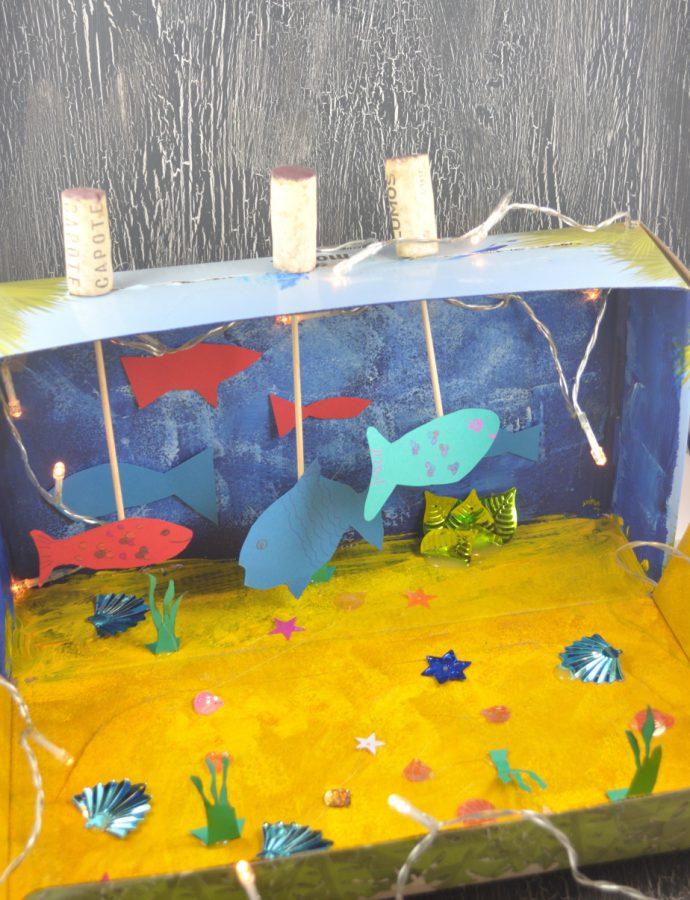 Bastelidee für den Regenbogenfisch: Regenbogenfische aus Salzteig. Ein kinderleichtes DIY für Kinder und eine tolle Ergänzung zum Vorlesen.