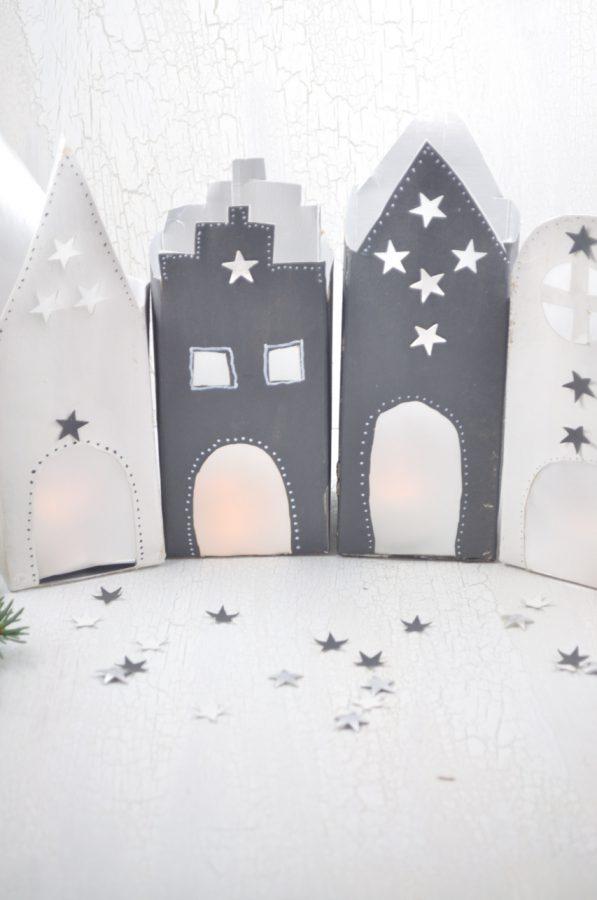 Super Upcycling Idee für leere Tetrapacks: Lichthäuser die stimmungsvoll zur Adventszeit passen.