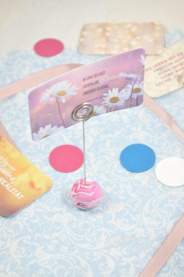 Süße Geschenkidee: Bilderhalter aus Fimo - Perfekte Größe für Instax Bilder oder kleine Sprüchekärtchen zu verschenken