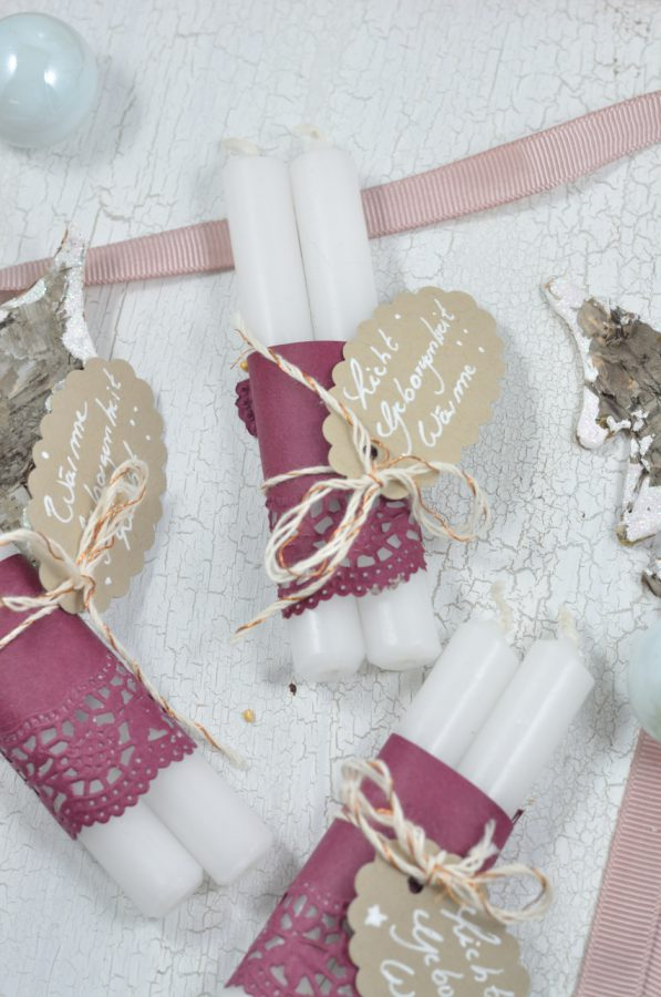 Kleines Gästegeschenk für die Adventszeit - ein kleiner Lichtergruß in Kerzenform.