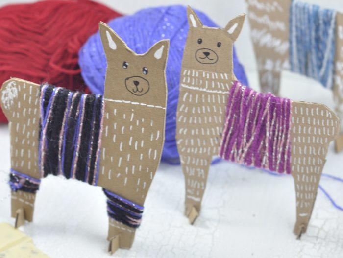 Lamas basteln - eine einfache und schnelle Bastelidee. Vor allem Kinder haben ganz viel Freude am Basteln.