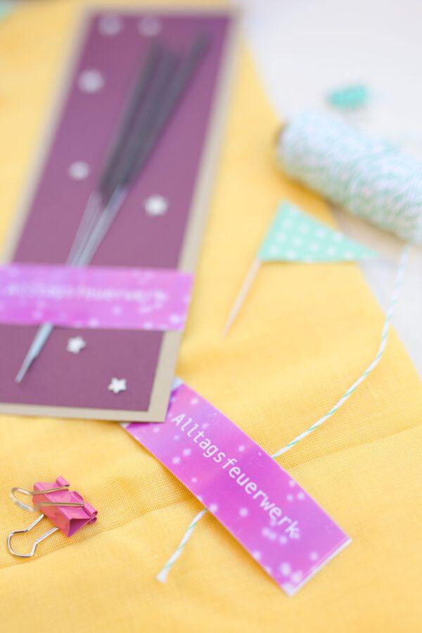 DIY-Idee: Wunderkerzen als Geschenkidee für ein Alltagsfeuerwerk. Perfekt als kleines Mitgebsel oder spontane Freude